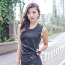 Load image into Gallery viewer, Black Sleeveless Fitness Top | Daniki Limited