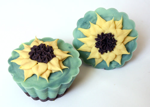 Wedding Favors: Flower Soaps