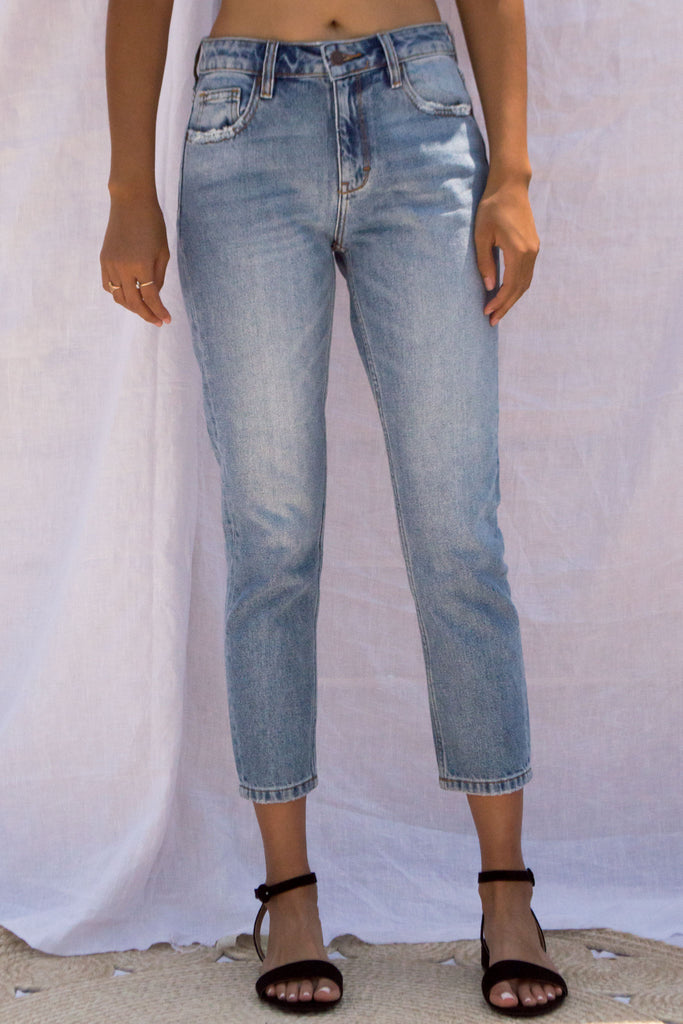 Mid-Rise Slim Mom Jeans