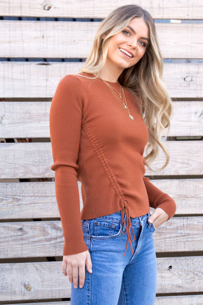 Kashmira Ribbed Crew Neck Knit Top - Rust