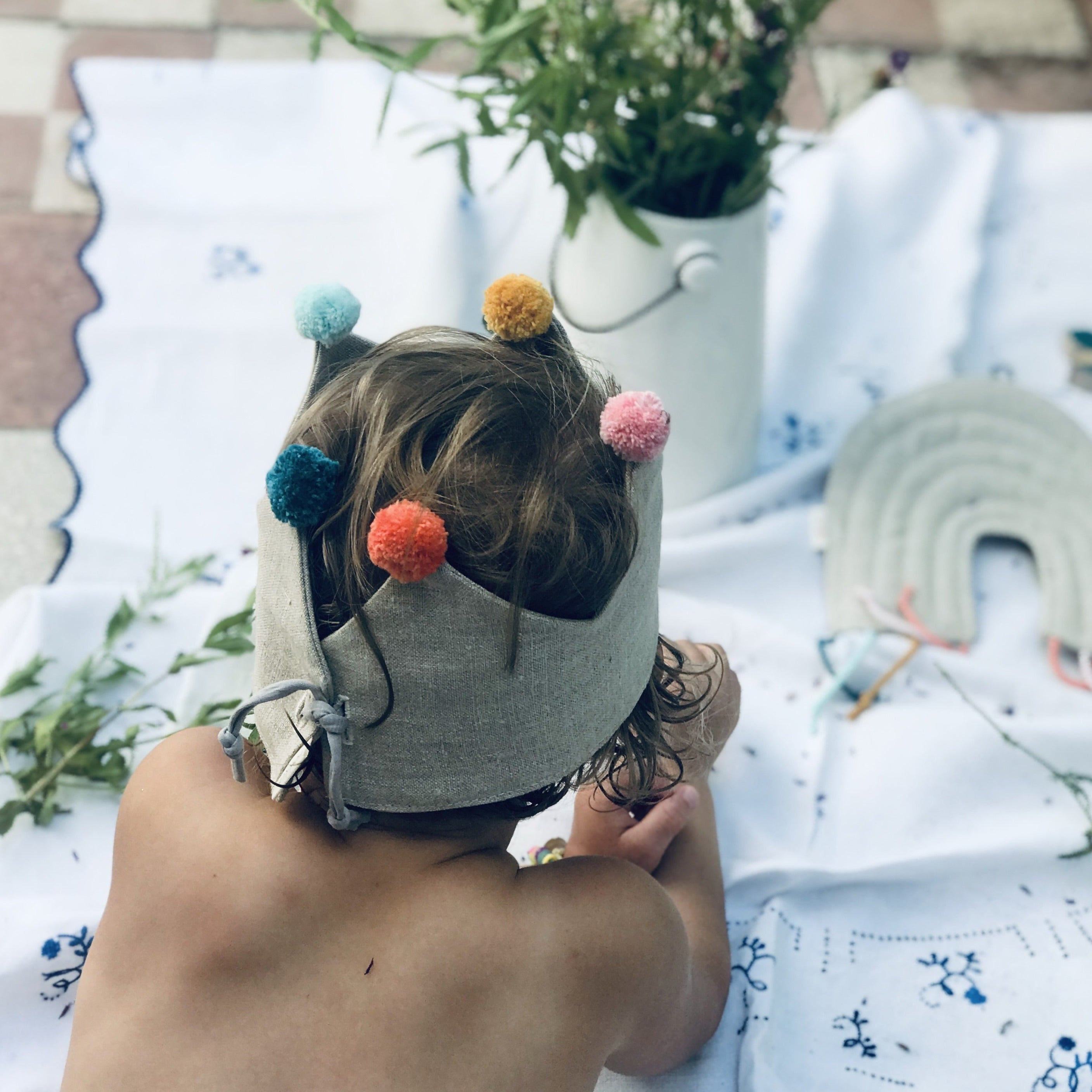 Fabric play crown