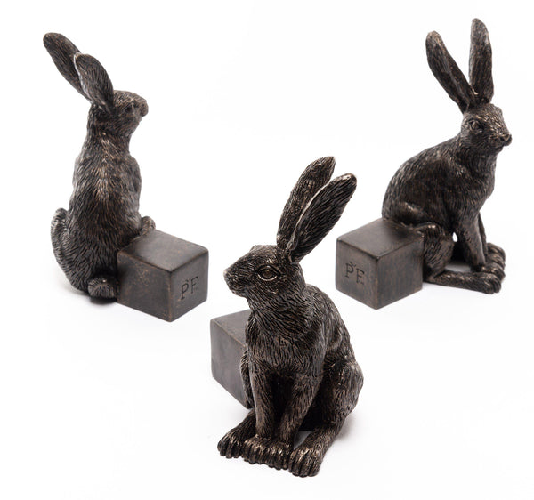 Vigilant Hare Planter Accessories Potty Feet
