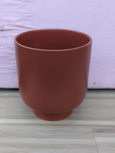 Extra large deep orange pot