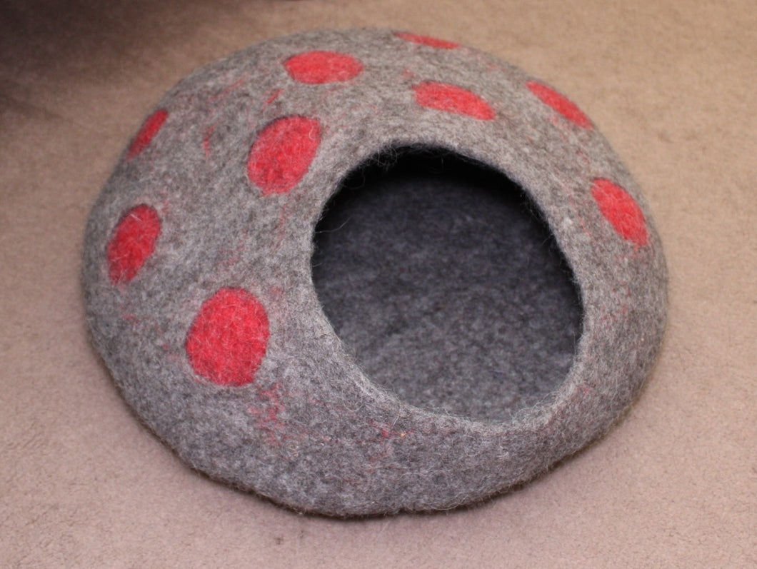 Felted Wool Cat Cave, house