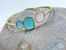 Load image into Gallery viewer, Peru Chalcedony + Rose Quartz Bangle