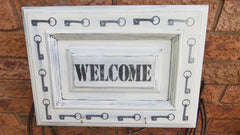 WELCOME SIGN/KEY HOOKS