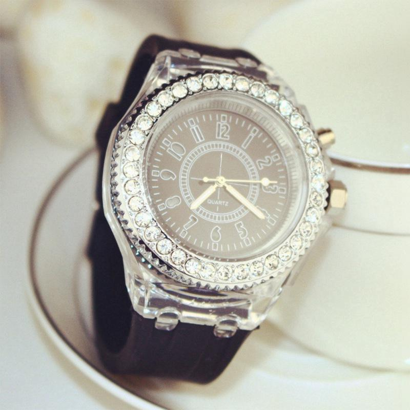 Funique™ Luminous Diamond Watch