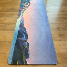 Load image into Gallery viewer, Microfiber Yoga Mat