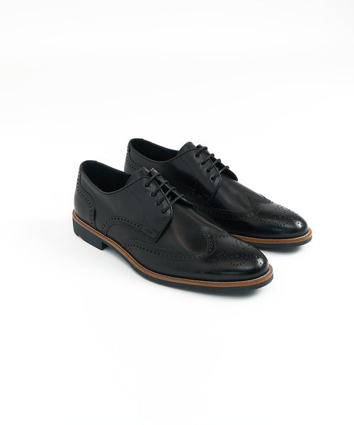 SKARA WINGTIP DERBY SHOE / BLACK