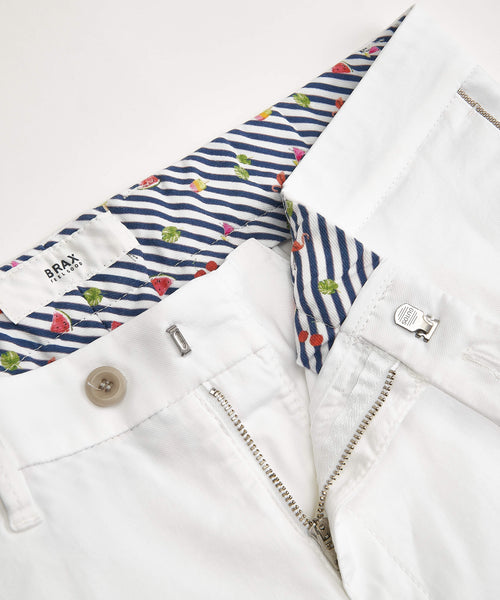 'BARRY' COTTON STRETCH SHORTS / WHITE