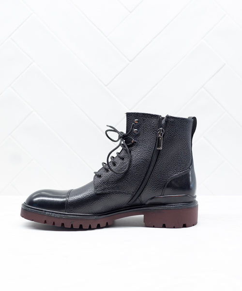 SIDE ZIP TOE CAP CITY BOOT / BLACK