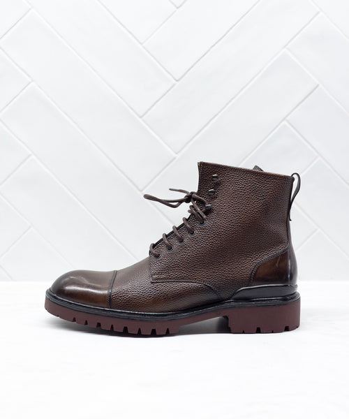 SIDE ZIP TOE CAP CITY BOOT / BROWN