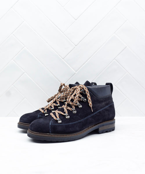 SUEDE ROUGHOUT HIKING BOOT / BLUE