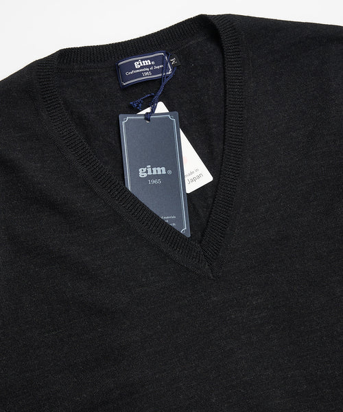SUPER 140'S EXTRAFINE MERINO WOOL 30G V NECK / CHARCOAL