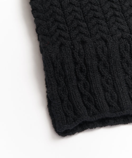 WOOL & CASHMERE ARAN CABLE SCARF / BLACK