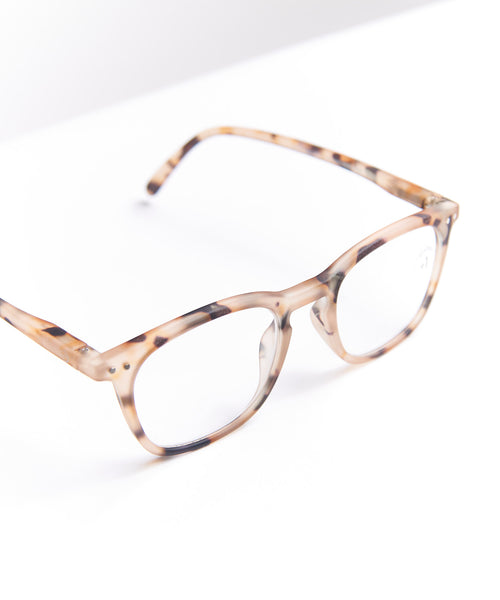 READING GLASSES #E / LIGHT TORTOISE