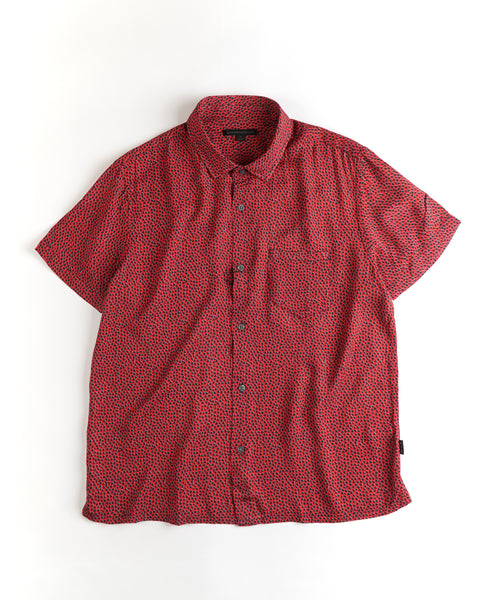 'TRENT' EASY FIT VISCOSE SHIRT / RED
