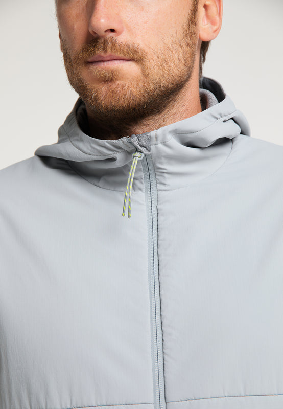 Boost der eco faire Midlayer