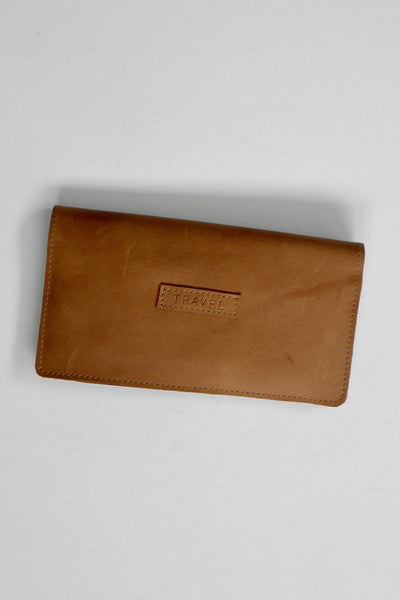 Travel Wallet / Oily Boot Tan