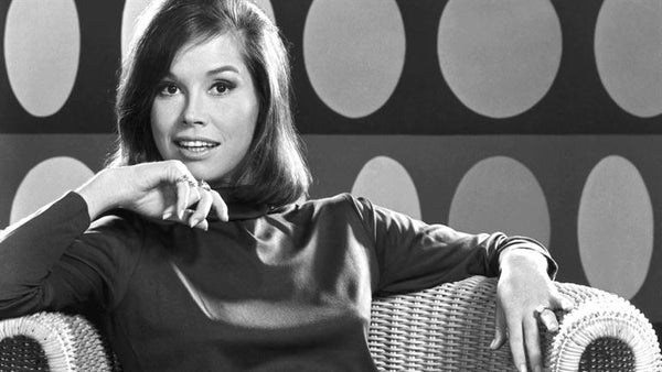 Oprah Helps us Say Goodbye to Mary Tyler Moore