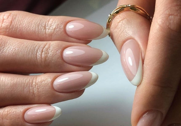 Oh la la – how to achieve the perfect French manicure!