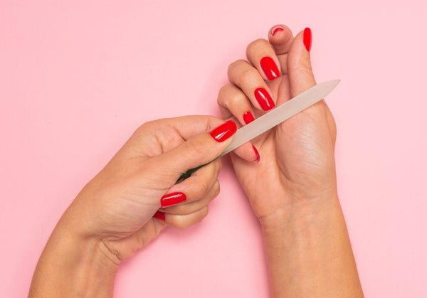 How to make your manicure last | Semilac Shop