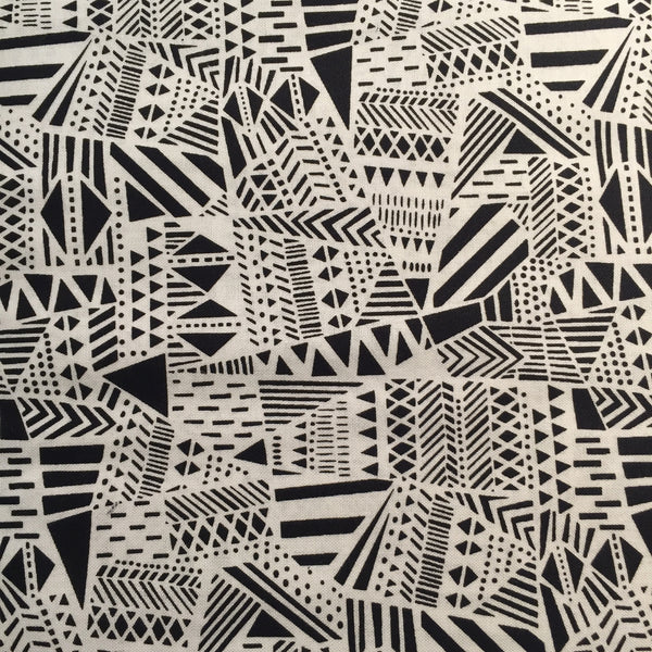 Timeless Treasures - Tribal Shapes (Black & White) | Broadcloth