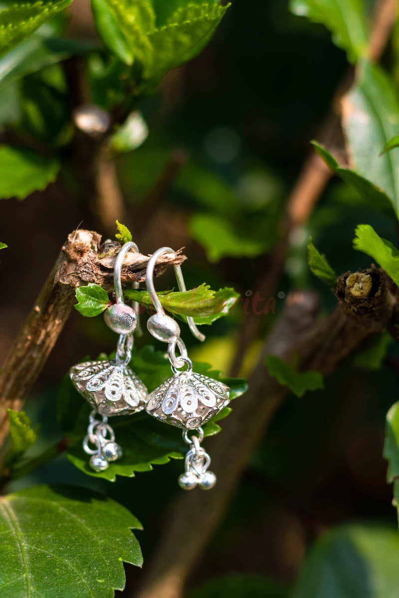 Diamond Flowers Dangler