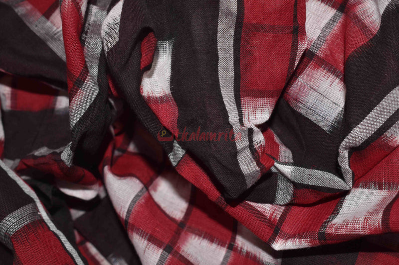 7 Kuthi Red Black White Pasapali (Fabric)