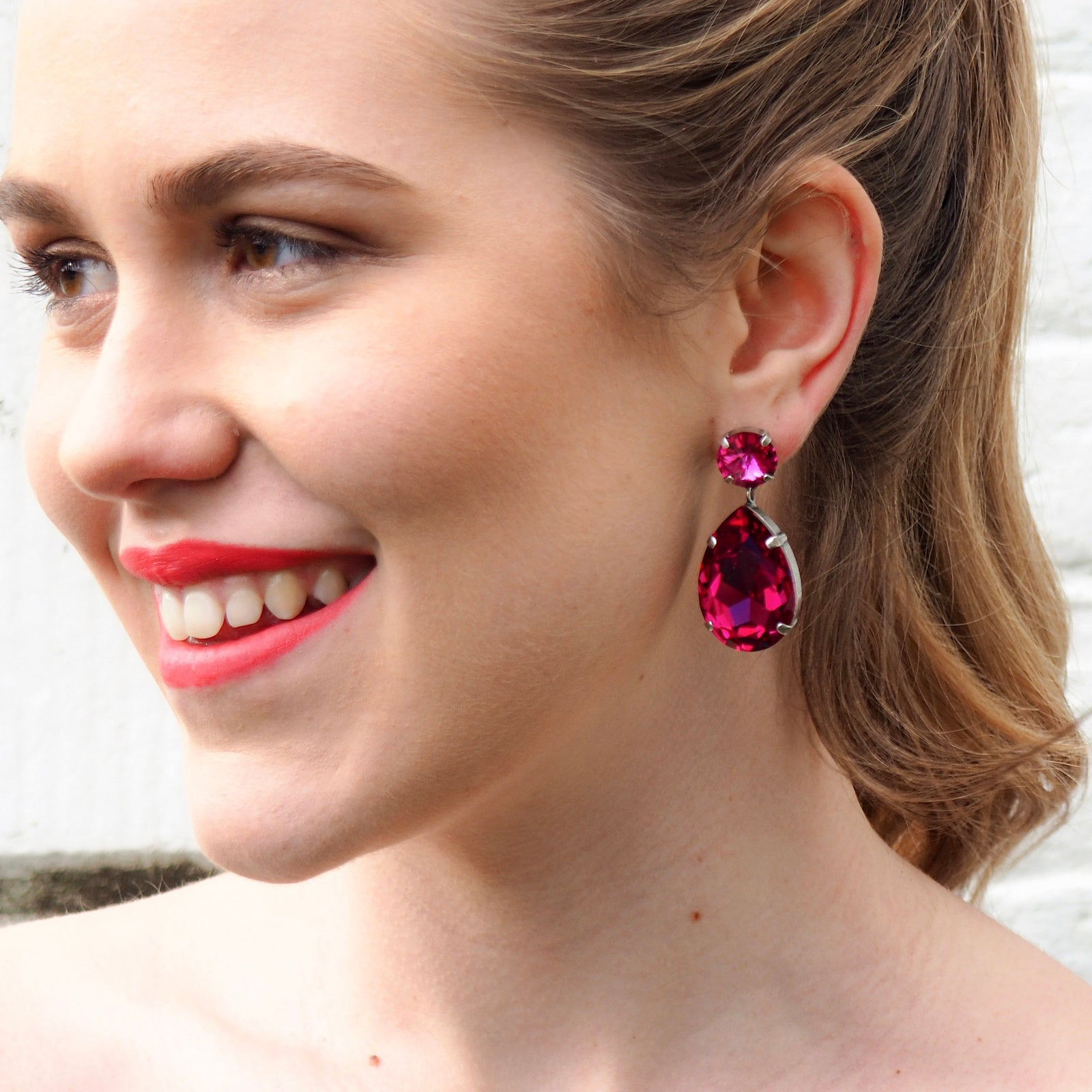 Starstruck Earrings - Fuschia