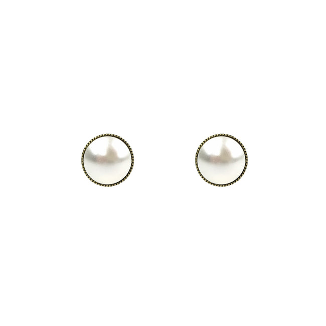 Heirloom Studs - Cream