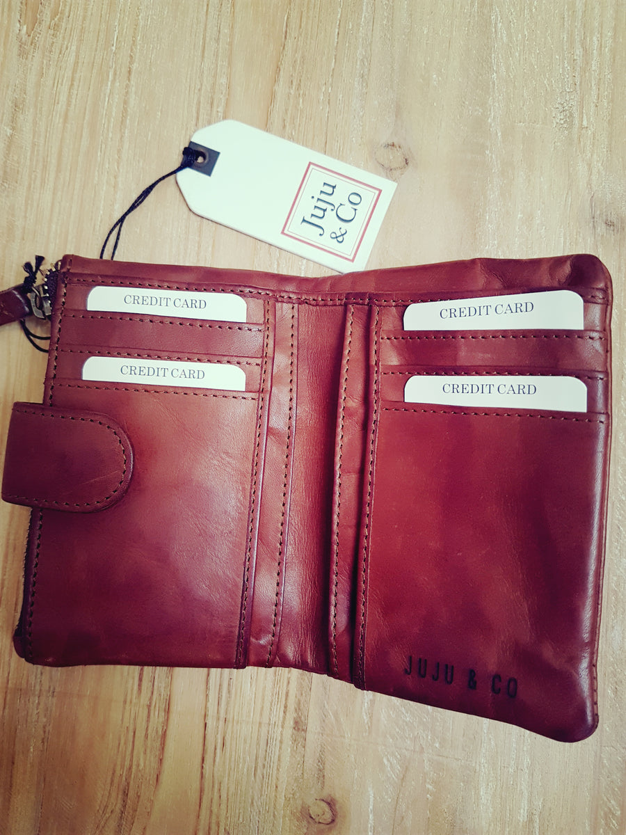 Juju & Co small cognac wallet