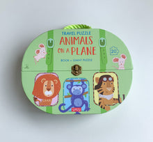 Load image into Gallery viewer, SASSI TRAVEL GIANT PUZZLE AND BOOK – ANIMALS ON A PLANE
