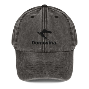 """Domovina"" cap in a used look"
