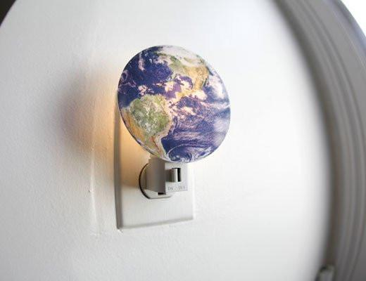 Earth Night Light Kikkerland Decor