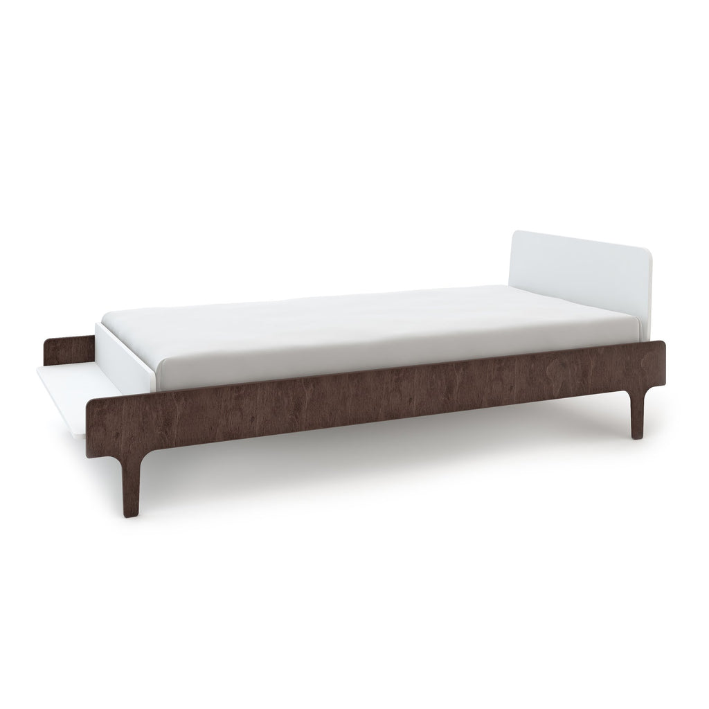 River Twin Bed - White / Walnut by Oeuf Oeuf Furniture