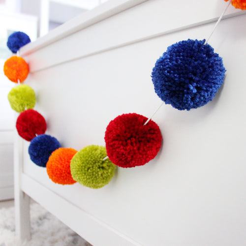 Pom Pom Garland, Large Yarn Pom Pom Colors, Party and Room Decor