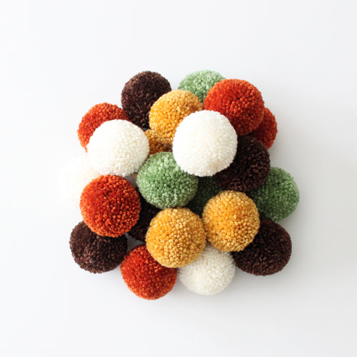 Pom Pom Garland, Yarn Pom Pom Custom Colors, Kids Party Room Decor