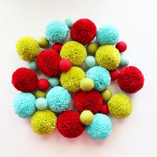 Load image into Gallery viewer, Christmas Pom Pom Garland, Yarn Felt Pom Pom Custom Colors, Kids Room Decor, Party Decor
