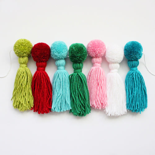Pom Pom Tassel Garland, Christmas Colors, Party & Room Decor