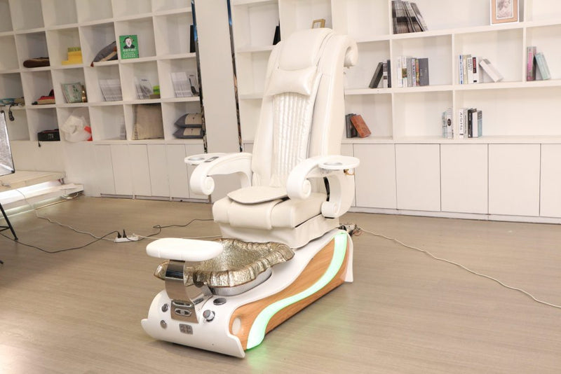 My Review of the 2020 Lux ES450 Model - The best 'Big For Your Buck' Pedicure Spa Chairs