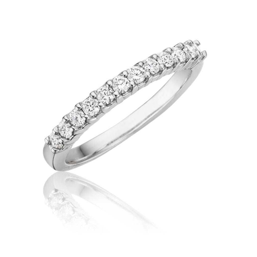 12 Stone Common Prong Diamond Wedding Band