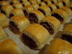 Beef Puff (8 pcs per bag)