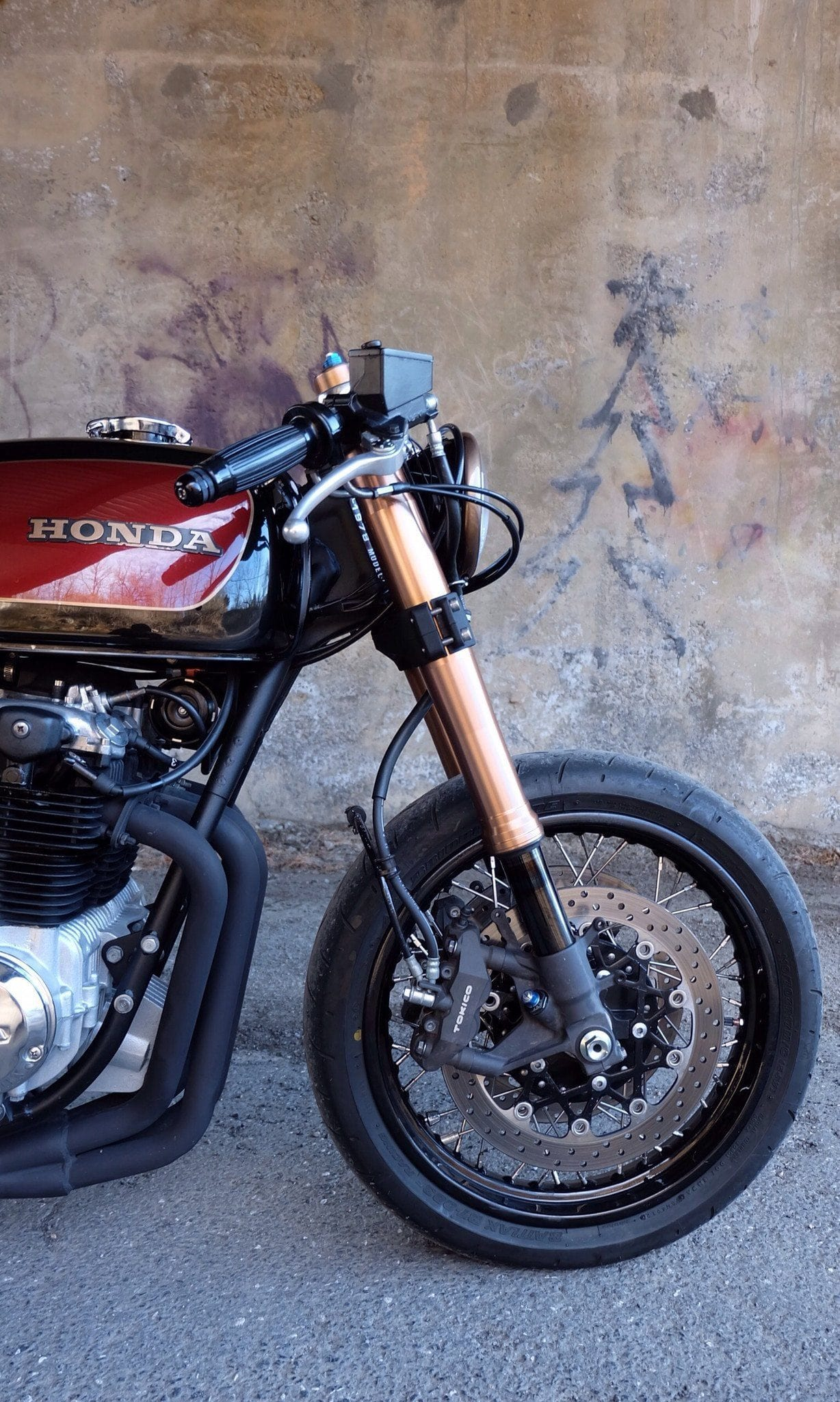 Custom Cafe Racers And Parts Gsxr Front End Conversion Specialists Honda Magna Wiring Diagram 2005 2010 Gsx R Hub Bolt On Laced Wheel Cognito Moto
