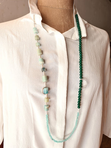Triple green. Necklace from the 80 collection