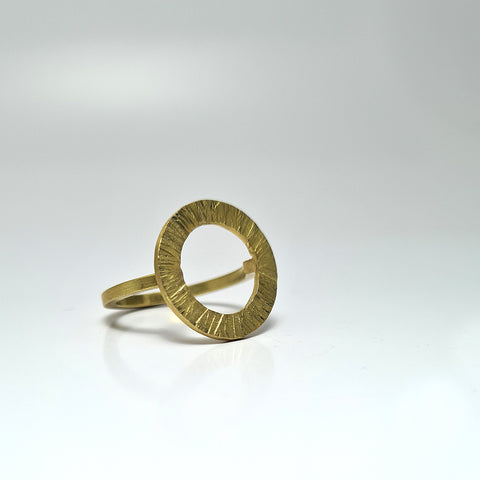 Ring from the esKarxat collection