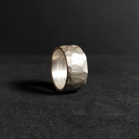 Ring from the textuRes collection