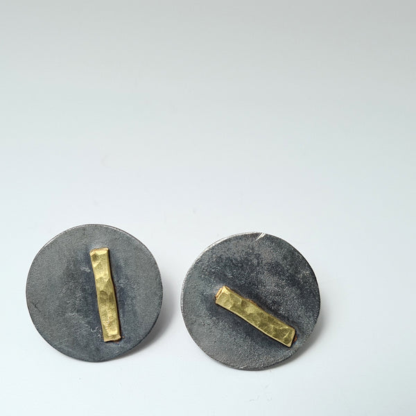 Earrings I of the imProvisada collection