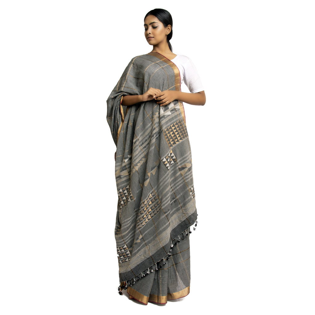 Natural Dyed Khadi Cotton Jamdani Sari: Arrows: Grey