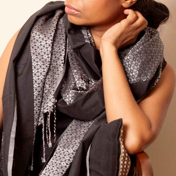 Soojmalligi Khun Cotton-Silk Stole: Black and Grey